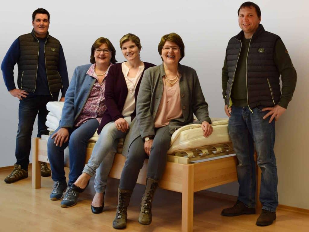 Mitarbeiter Teamfoto - Betten Impulse in Bad Aibling