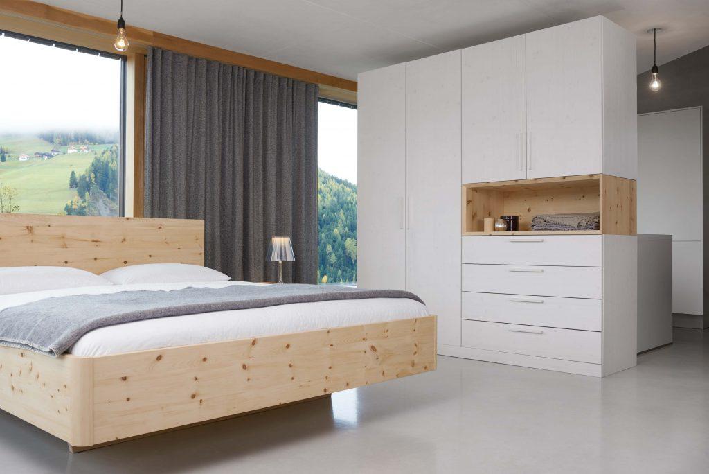 Zirbenbett Gardena mit Schrank von Betten Impulse in Bad Aibling