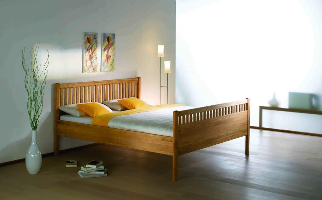 Massivholzbett Ida Kirschbaum von T-Drei bei Betten Impulse