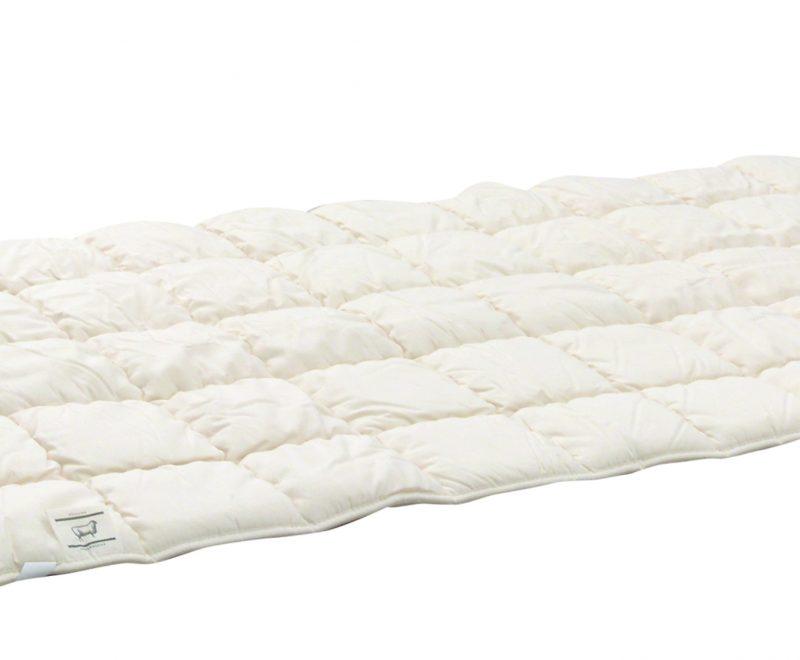 Schurwollauflage mit Baumwoll-Molino und Baumwoll-Trikot-Stoffen von Betten Impulse Bad Aibling